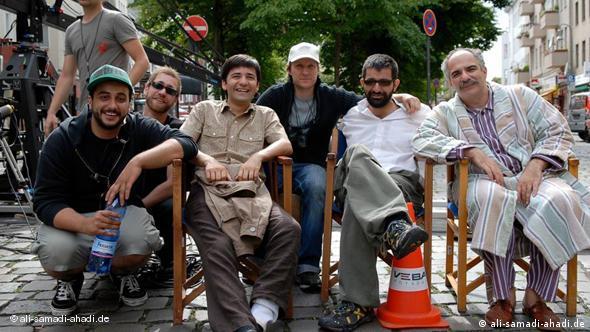 پشت صحنه فیلم «سلامی علیکم». علی صمدی (کارگردان) و نوید اخوان (بازیگر) در این عکس دیده میشوند