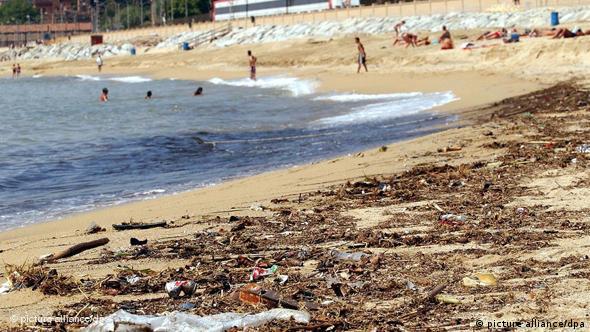 Trash at the coast of Barcelona