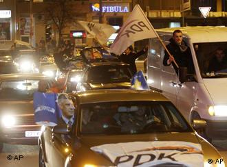 PDK supporters' cars and flags celebrating on the streets