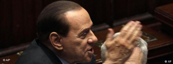 Berlusconi Misstrauensvotum NO FLASH