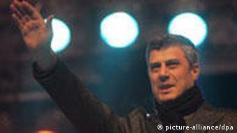 Kosovo erklärt Unabhängigkeit