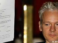 ویکیلیکس همچنان با همکاری رسانههای برجسته و پرنفوذ دنیا به نشر اسناد دیپلماتیک محرمانه ادامه میدهد.