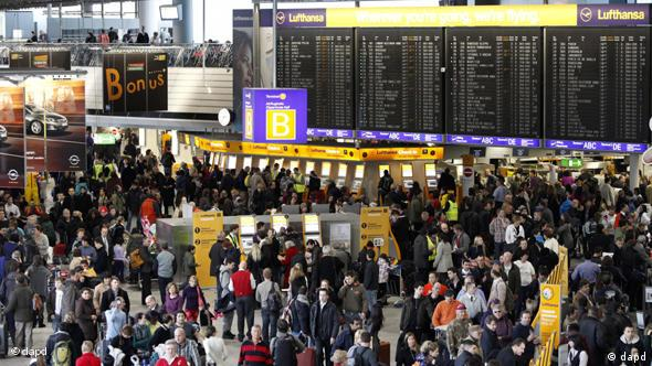 A crowd of stranded passengers in Frankfurt airport