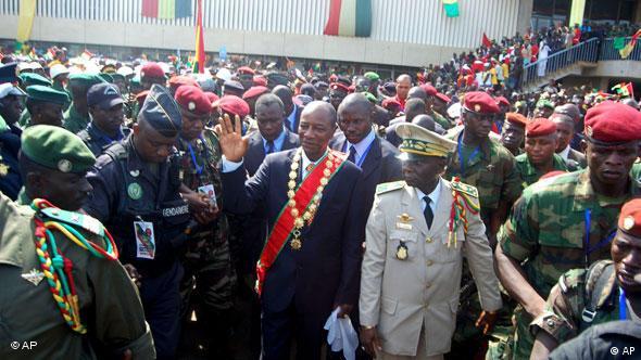 Alpha Condé en 2010, lorsqu'il devenait le premier président guinéen démocratiquement élu après des années de tensions (Conakry, 21.12.2010)