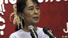 Myanmar Burma Aung San Suu Kyi Rede in Rangun
