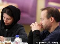 دیدار خبرنگاران آلمانی با خانوادهشان در فضایی جدی و غمناک صورت گرفت
