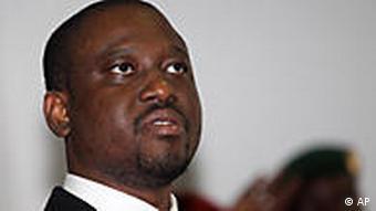 Guillaume Soro juste avant une conférence de presse à l'hôtel du Golf à Abidjan (31.12.2010)