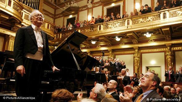 Pianist Alfred Brendel im Wiener Musikverein. Foto: EPA/DIETER NAGL / MUSIKVEREIN