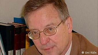 Prof. Dr. Jürgen B. Donges