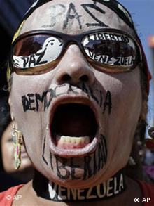 Anti-Chávez-Demonstrant in Caracas, Venezuela (Foto: AP)