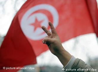 Die Proteste gegen den tunesischen Präsidenten Anfang des Jahres waren erfolgreich: Gegner Ben Alis in Berlin im Januar 2011) (Foto: dpa)