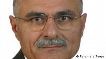 فرامرز پویا، روزنامه نگار ایرانی مقیم سوئد
