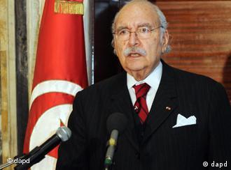 فواد المبزع، رئیس جمهور موقت تونس شد