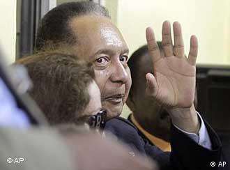Jean-Claude Baby Doc Duvalier retorna ao Haiti