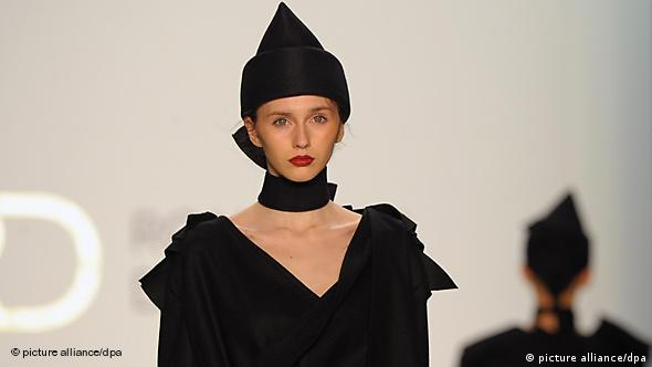 Flash-Galerie Mode Deutschland Berlin Fashion Week Designer aus Rumänien