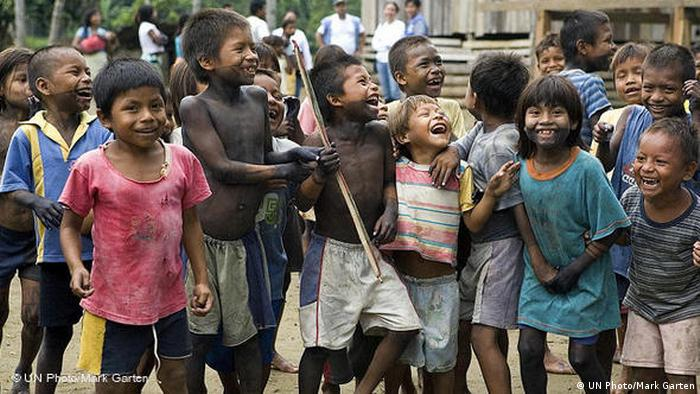 Internally Displaced Indigenous Children in Colombia (UN Photo/Mark Garten)