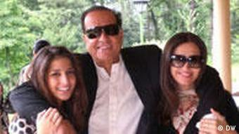Governor Salman Taseer(center) with his two daughters