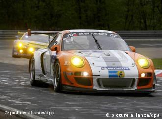 Porsche GT3R на перегонах