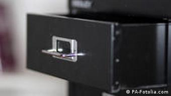 Symbolbild Schublade