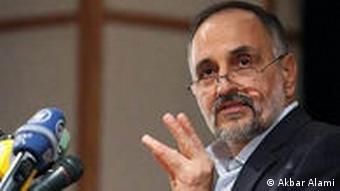 اکبر اعلمی میگوید منظور از اصلاحطلبان معتدل کسانی هستند که بیآزارند و حرفی برای گفتن ندارند