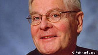 Prof. Dr. Reinhard Lauer Seminar für Slavische Philologie