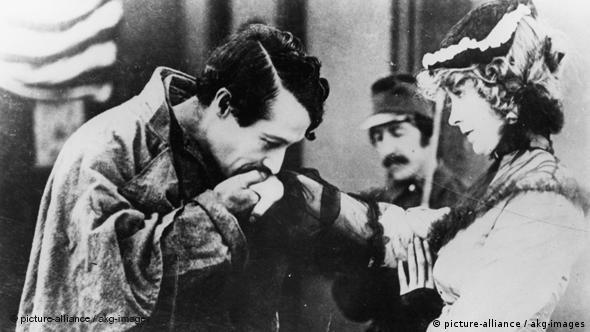 Szene aus D.W. Griffiths Die Geburt einer Nation (Foto: picture alliance akg image)