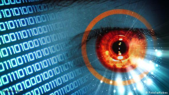 Multimedia Auge Cyberwar