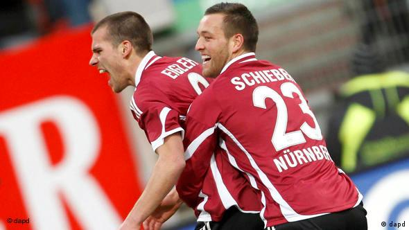 Julian Schieber celebrates with teammate
