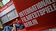 Deutschland Film Kultur Berlinale Erste Fans warten auf Berlinale-Tickets