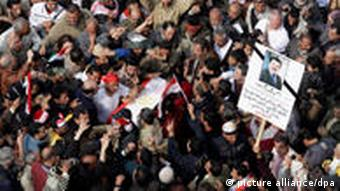 Funeral for Egyptian journalist.