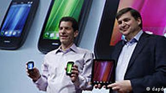 HP-Manager stellen neue Geräte vor (Foto: AP)