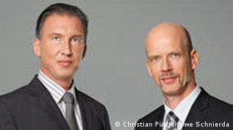 Бізнес-консультанти Кристіан Пют´єр та Уве Шнирда готують до співбесіди