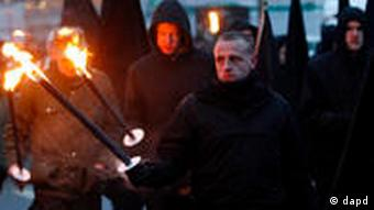 Традиційна хода неонацистів з факелами