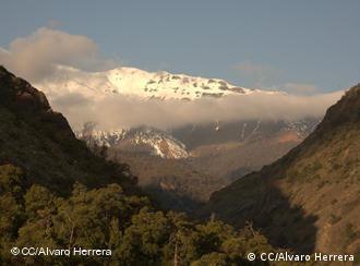 Schnee- und eisbedeckte Berge (Foto: cc/Alvaro Herrera)