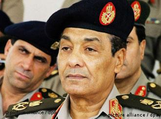 المشير حسين طنطاوي، رئيس المجلس الأعلى للقوات المسلحة، صورة من الأرشيف