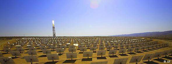 Solarturm in Israel. (Foto: AP Photo/BrightSource)