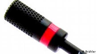 Mikrofon mit roter Leuchtdiode (Foto: Brähler)