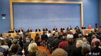 Die Bundespressekonferenz in Berlin (Foto: dapd)