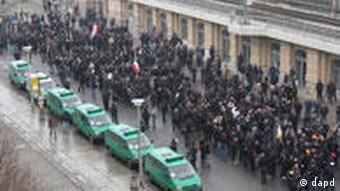 Демонстрация правых экстремистов в феврале 2011 года в Дрездене