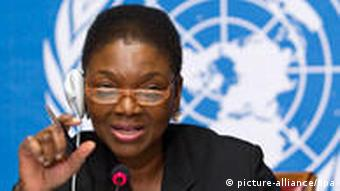 British Valerie Amos, United Nations Under-Secretary-General for Humanitarian Affairs and Emergency Relief Coordinator, launchs the Humanitarian Appeal 2011, during a press conference at the European headquarters of the United Nations in Geneva, Switzerland, 30 November 2010. EPA/SALVATORE DI NOLFI +++(c) dpa - Bildfunk+++