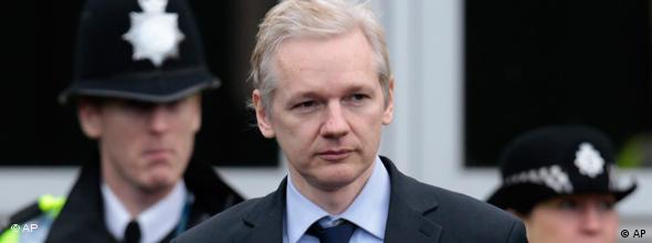 NO FLASH Julian Assange