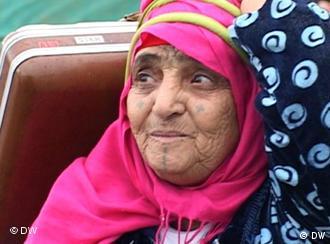 A woman fleeing Libya