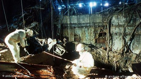 A new sarcophagus for Chernobyl | Environment| All topics