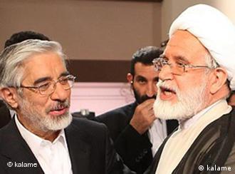 مهدی کروبی و میرحسین موسوی، نامزدهای معترض به انتخابات ریاستجمهوری سال ۸۸ همچنان در حصر خانگی به سر میبرند