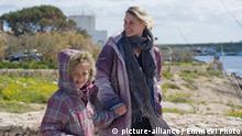 Tina Rothkamm mit Tochter auf Lampedusa