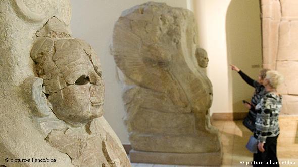 Two sphinx figures in the Pergamon museum