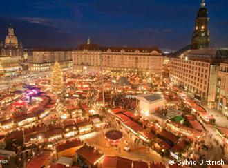 Striezelmarkt в Дрездене