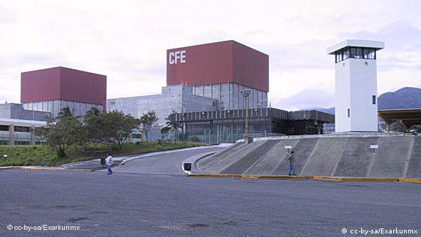 Aufnahme des Kernkraftwerks Laguna Verde (Foto: http://en.wikipedia.org/wiki/File:Laguna_Verde_Nuclear_Power_Plant.jpg)