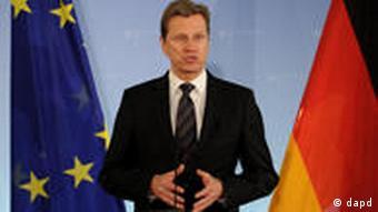 منتقدو القذافي يرون التحفظ الألماني إزاء الحظر الجوي محيرا