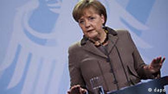 Deutschland Libyen Angela Merkel in Berlin zu Flugverbotszone